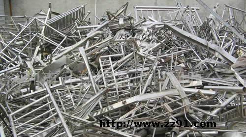 广东南海废金属集散地