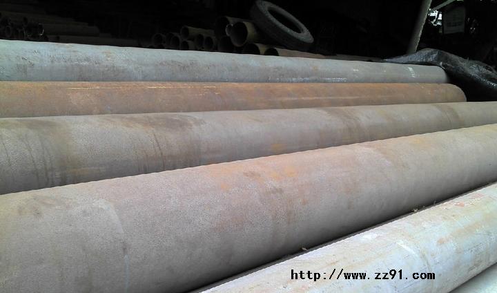 佛山石啃鸿兴钢材综合市场