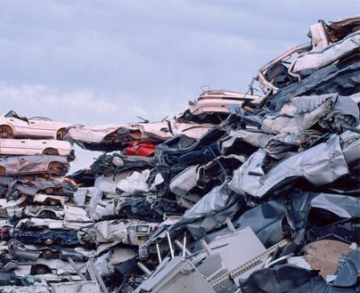 桂平至报废车拆解可提供30多种有用材料用于二次使用。