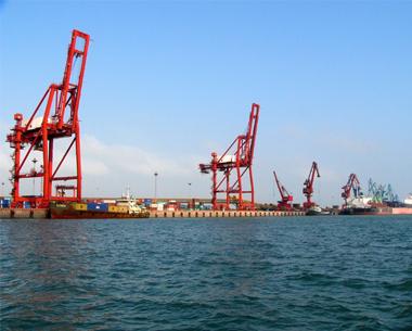 1月出口大跌逾20% 钢铁成反倾销重灾区